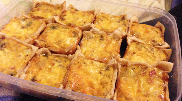Home-made mini-quiches