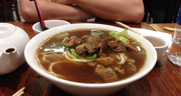 chinatownnoodlerestaurant-01