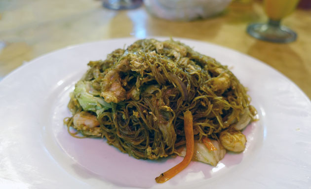 Fried Mee Hoon Singaporean Style, $7RM