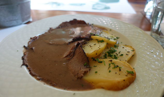 Roast veal and potatoes