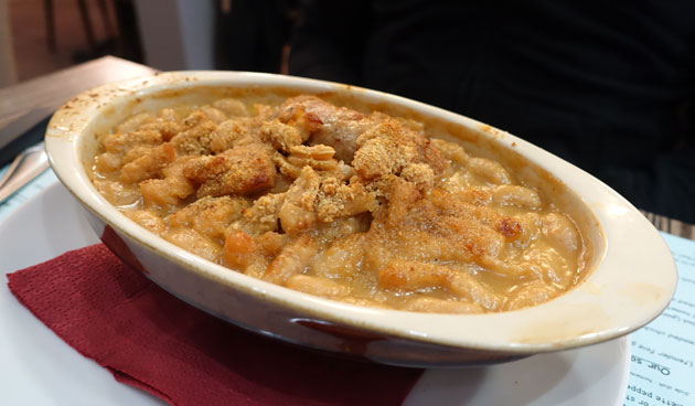 Castelnaudary's cassoulet with veal's juice ($16.40 Euro)