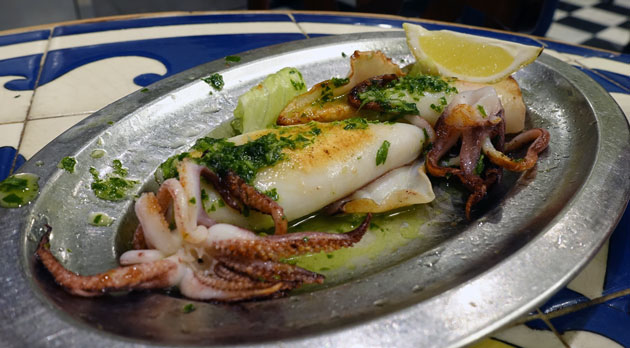 Grilled squid, 4.80 Euro