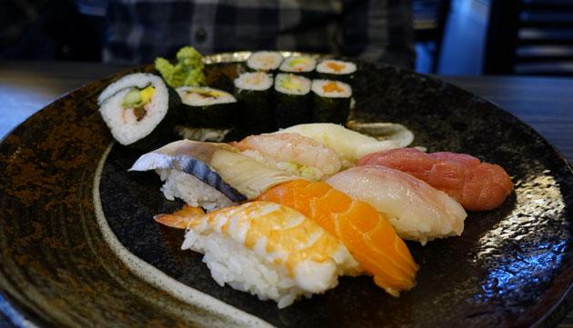 Take Menu, 13 Euro (7 Nigiri, 6 Maki, 2 Futo-Maki)