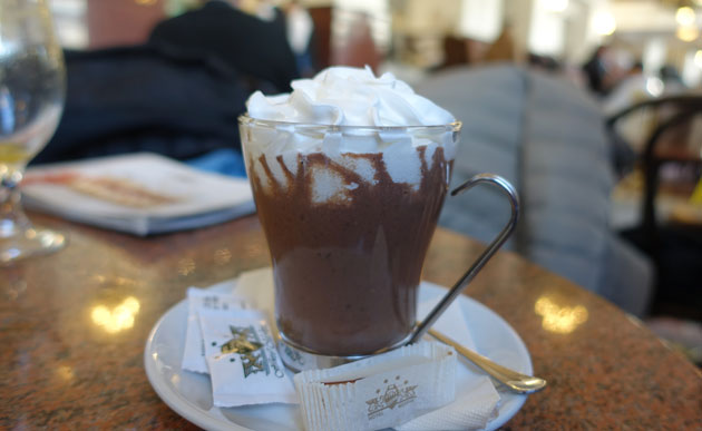 Hot Chocolate (240 Serbian Dinar)