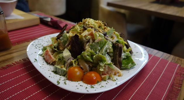 Thai Salad with Beef Sirloin Steak, 480 Serbian Dinar