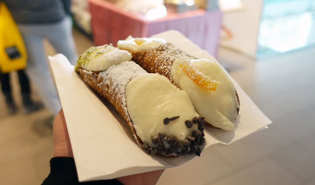 Ricotta filled cannoli, 4 Euro each