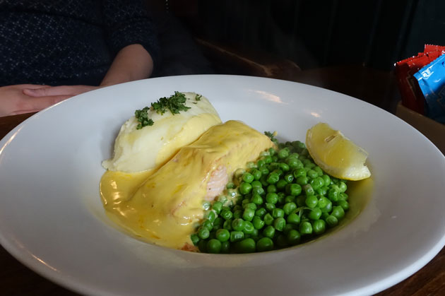 Grilled Scottish Salmon Hollandaise, served with creamy mashed potatoes and garden peas, 12.99 GBP